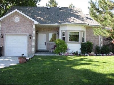 1 Bdrm Quiet Neighborhood in Holladay area of Salt Lake City. Call for specials.