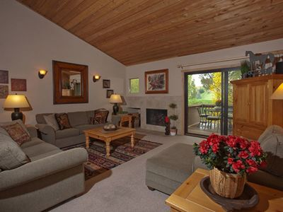 Photo for Mountain lodge condo in the heart of Elkhorn with golf course and mountain views