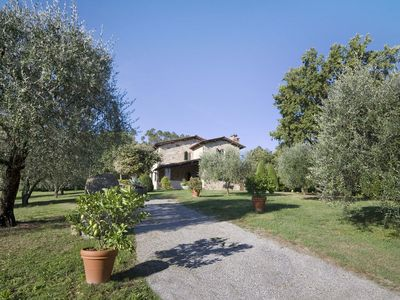 Photo for Private Villa with private pool, A/C, WIFI, TV, patio, washing machine, parking, close to Lucca