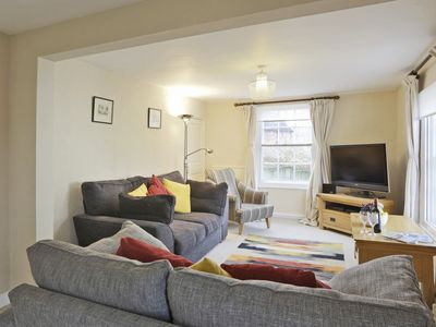 Photo for Beaumont House - Four Bedroom House, Sleeps 6