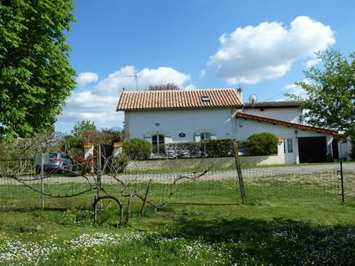 Photo for B&B in quiet countryside location ideal for exploring the Dordogne region