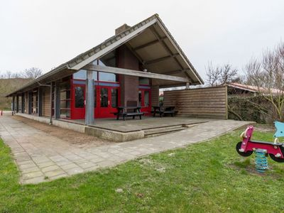 Photo for Unique, quiet holiday home on the dunes and close to the center