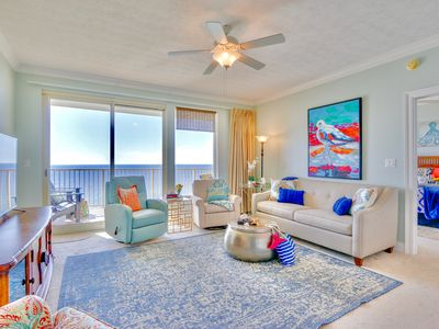 Photo for Giant Gulf-Front Balcony~2 KING bedrooms~BUNKS~FREE Beach Chairs~Upscale luxury