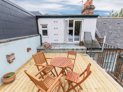 Photo for Charming 3 bed house with a rooftop terrace