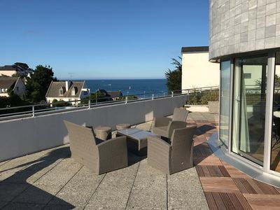 Photo for Apartment and terrace with breathtaking sea view and beach access