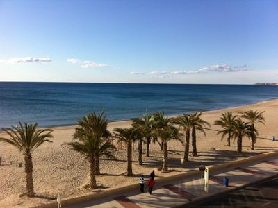 Photo for BEACHFRONT flat for 2 pers, only 10 meters from the beach ALICANTE