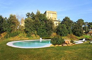 Photo for 5 bedroom Apartment, sleeps 10 with Pool, Air Con and FREE WiFi