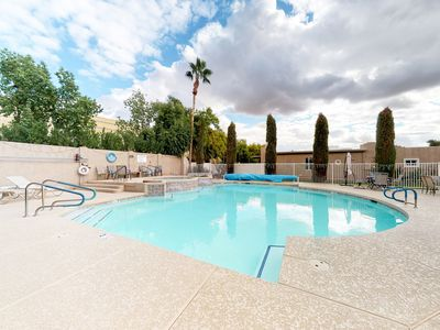 Photo for NEW LISTING! Quiet townhouse w/shared pool & hot tub - near activities
