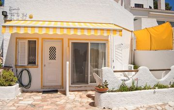 Search 11 holiday lettings