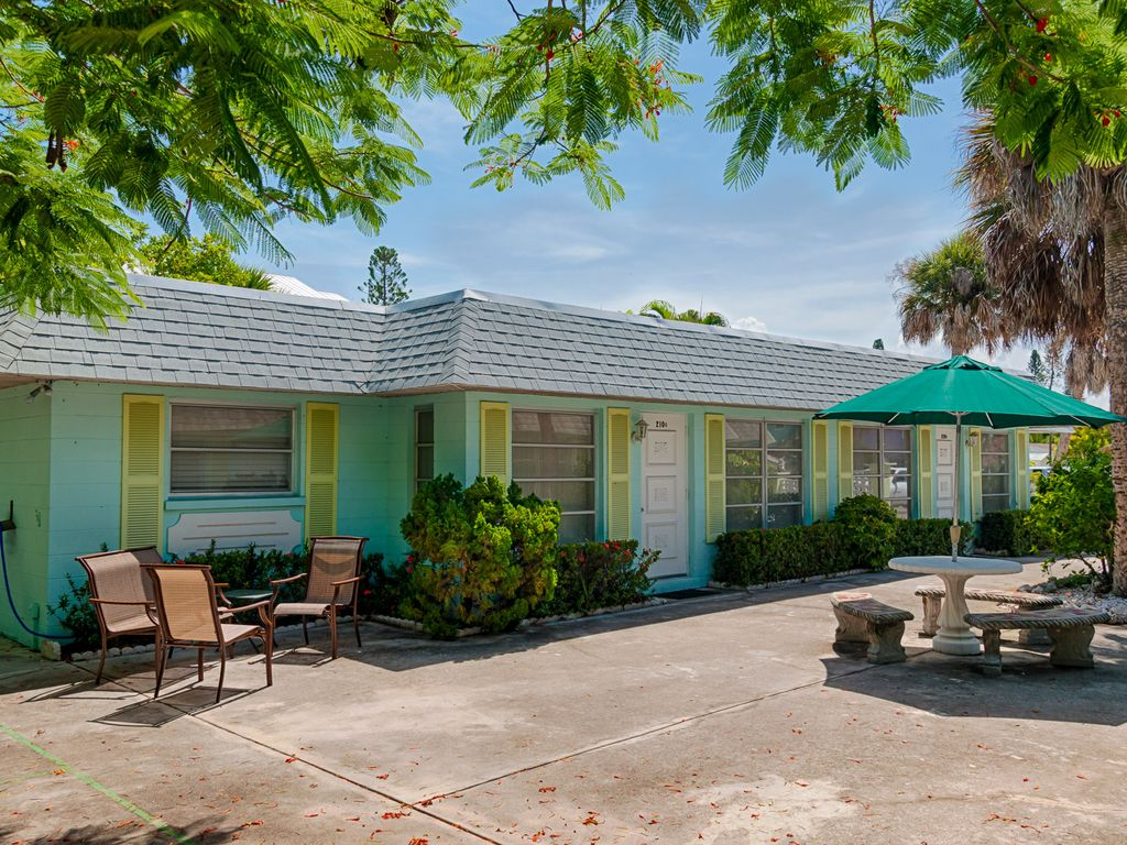 Anna Maria Island Updated Villa Close To Be Homeaway