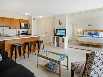 Photo for Darmic Waikiki Banyan: Deluxe - Part Ocean View  |  12th floor  |  1 bdrm  | FREE wifi and parking  | AC | Quality amenities | Only 5 mins walk to the beach!