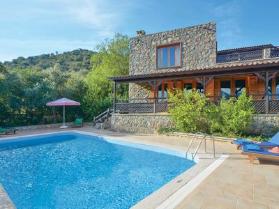 Photo for Rustic villa with breathtaking views ideal for a peaceful holiday, with resorts nearby and free Wi-Fi