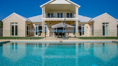 Photo for Cheviot Resort - Magnificent property with pool, tennis court and games room
