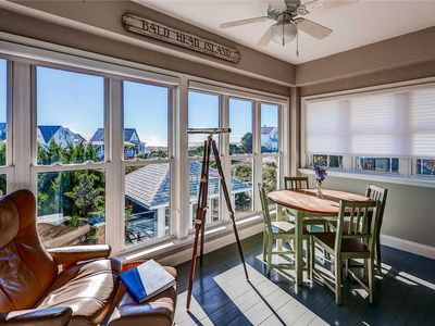 Photo for Escape to this beautifully decorated home while you watch the ocean from the living room.