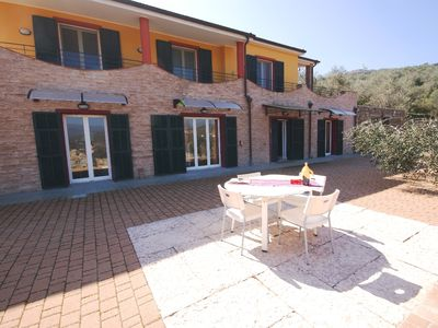Photo for Villa surrounded by greenery, in the countryside, ideal for families, terrace