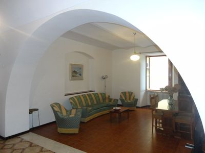 Photo for Apartment with terrace in the center of Fossacesia