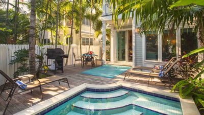 Photo for << THE SMILING IBIS @ OLD TOWN >> Home & Pool Near Duval + LAST KEY SERVICES...
