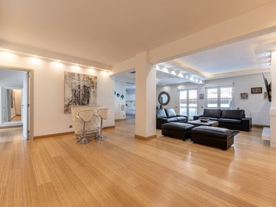 Photo for Exceptional 3bdr Kolonaki Flat + UnderParking