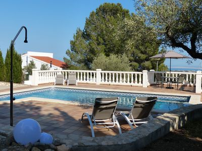 Photo for Villa with private pool and sea view!