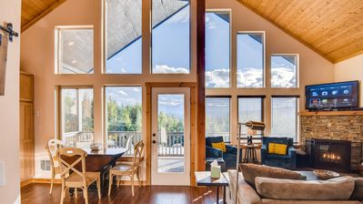 Photo for SAVE 25% NOW! Fantastic Hm-Amazing Views*Near Suncadia*Game Rm-Pool Access