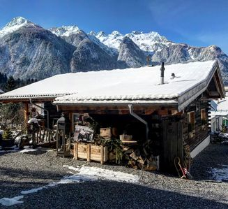 Photo for Chalet Alpentraum (with outdoor wellness)