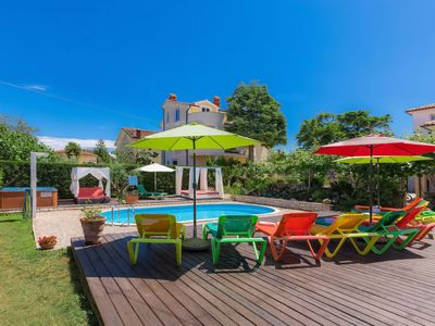 Photo for Apartment Nika in Umag - 9 persons, 5 bedrooms