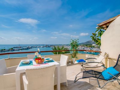 Photo for ☼ Luxury apartment with sea views and the great seafront ride.
