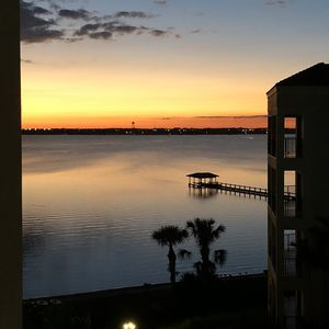Photo for Beautiful Condo Lakeview/Sunset minutes from Disney