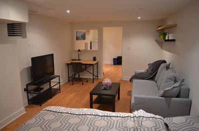 Cozy Spacious Studio Apartment In Toronto York