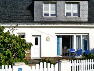 Photo for Semi-detached house, Port-Louis  in Morbihan - 6 persons, 3 bedrooms