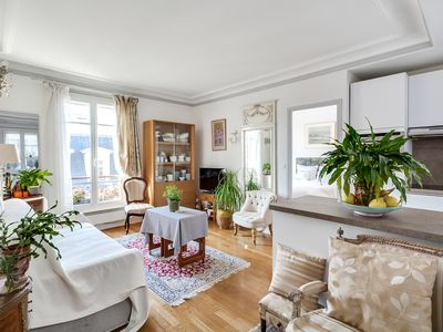 Photo for Ravissant deux pièces au pied du Sacré-Cœur - Apartment for 2 people in Paris ville