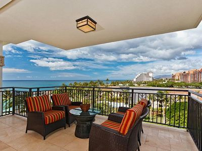 Photo for Beautiful Ocean View Sunsets from Your Lanai (B6H)