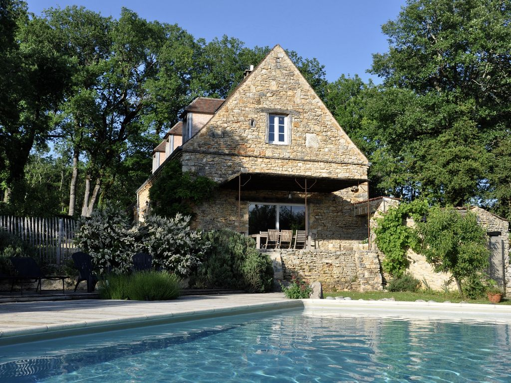 House 8 Persons Private Heated Swimming Pool Périgord Sarlat Lascaux. Coly House  Rental. Coly House Rental