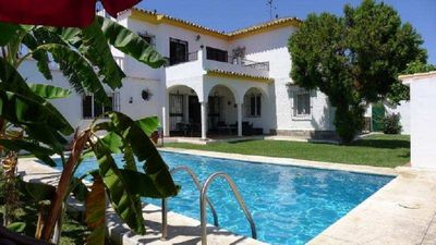 "Photo for Beautiful ""Villa Andaluza"" 7 bedrooms near Puerto Banus!500m beach!Free WIFI"