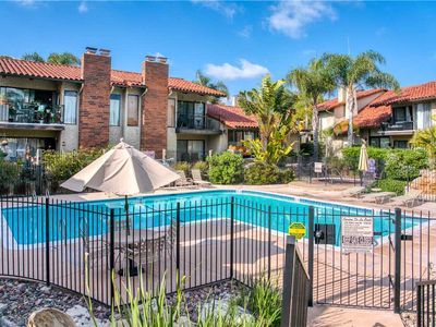BEAUTIFUL CONDO NESTLED IN THE CENTER OF THE LOVELY LA COSTA AREA