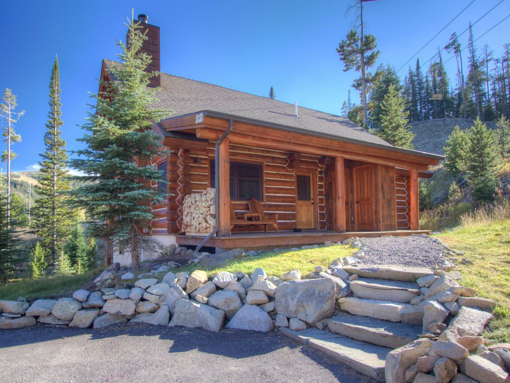 Montana log cabin great for families vie vrbo for Great american log homes