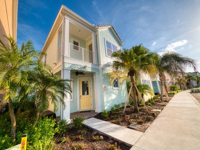 Photo for Margaritaville Orlando Cottages - Near Disney, Free Theme Park Shuttle 1QQ, 1KK, 2 beds, 2.5 Bathrooms