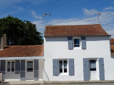 Photo for House for 8 to 9 people common le chateau d'oléron