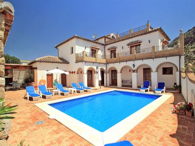Photo for Magnificent luxury villa,sleeps 8,own pool, wifi, Montejaque,Ronda area
