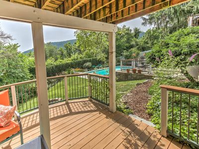 Photo for Harpers Ferry Apt. w/ Pool, Hot Tub & Tiki Bar!