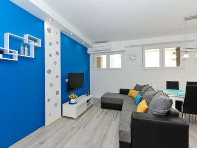 Photo for Apartment in the center of Zadar with Air conditioning, Washing machine (510246)