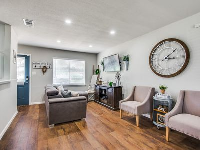 Photo for 3BR House Vacation Rental in Euless, Texas