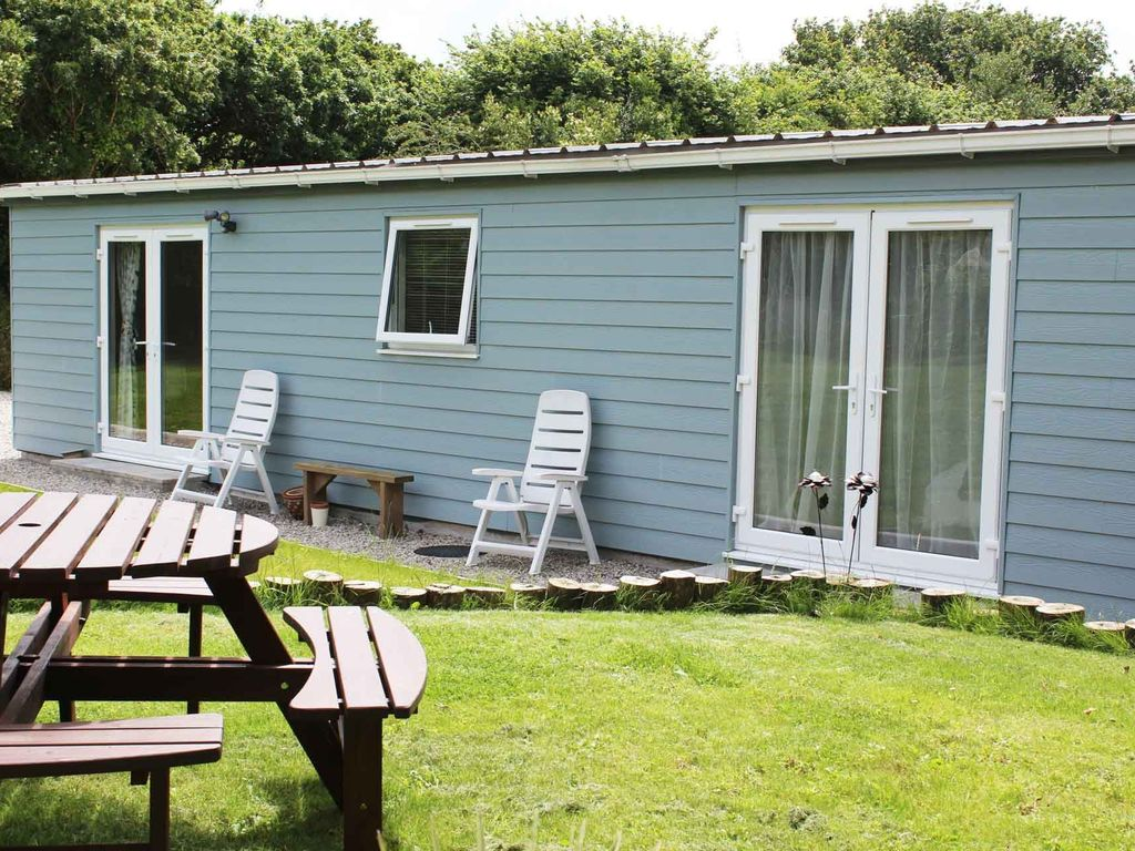 The Good Life\' in a central Cornwall locat... - VRBO