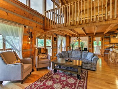 Photo for 'Bear-A-Ventura View' Sevierville Cabin w/ Deck!