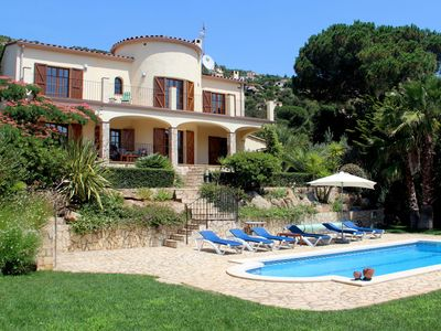 Photo for Beautiful villa near Calonge with private swimming pool, privacy, peace and great view