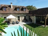 A delightful retreat nestled in the countryside.Extreamly peaceful setting designed for relaxation