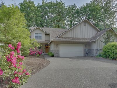 Photo for Mtn Condo w/ pool table, private hot tub great for golfers, skiers, & hikers