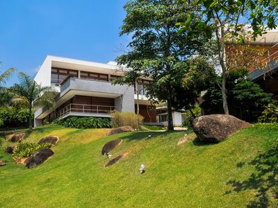 Photo for Cond. closed - house high standard - Ilhabela