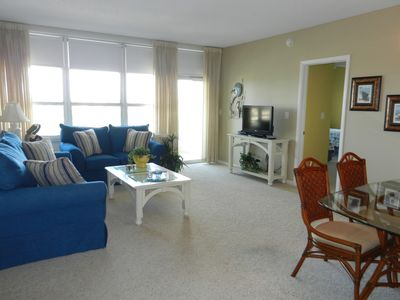 Photo for Beachfront Condo with Large Pool. Spacious and Bright!
