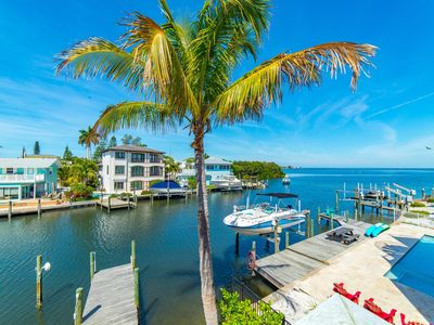 Bayshores: Heated Pool, Hot Tub, Dock, WATERFRONT w/Gorgeous Views of Tampa Bay!